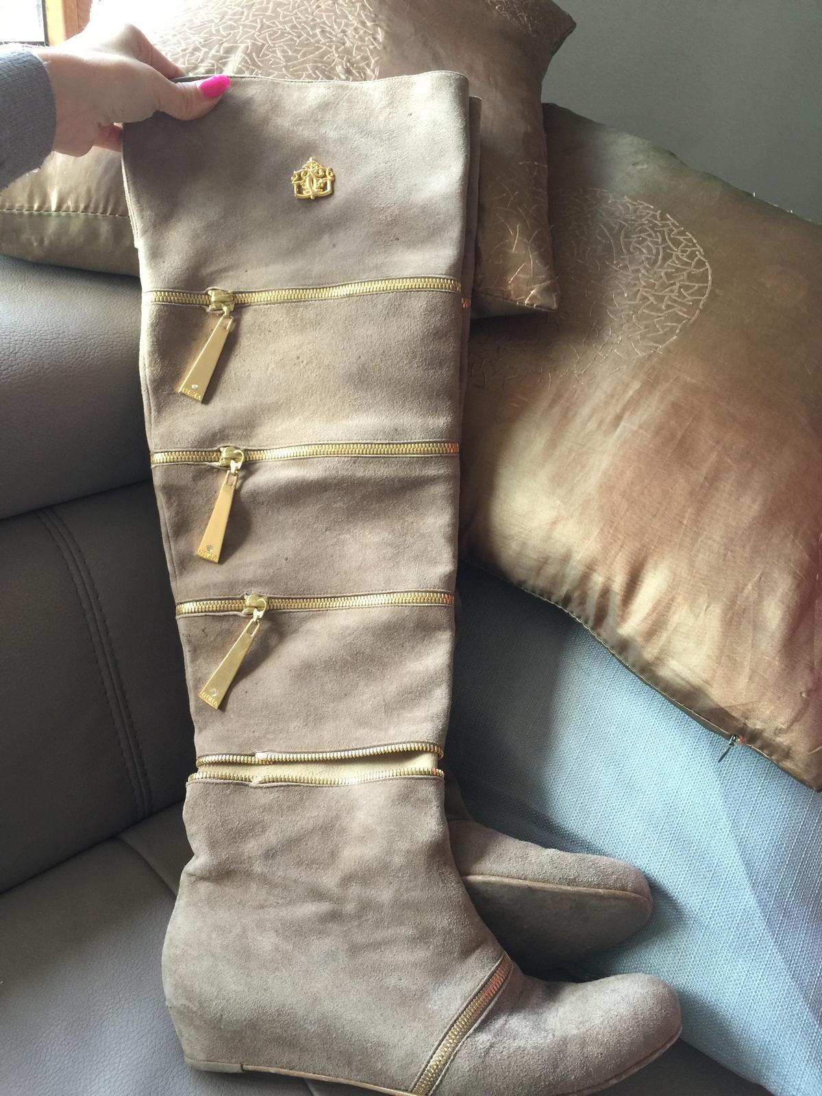 d477a822d018 Luxusné čižmy z brusenej kože- gizia v.40