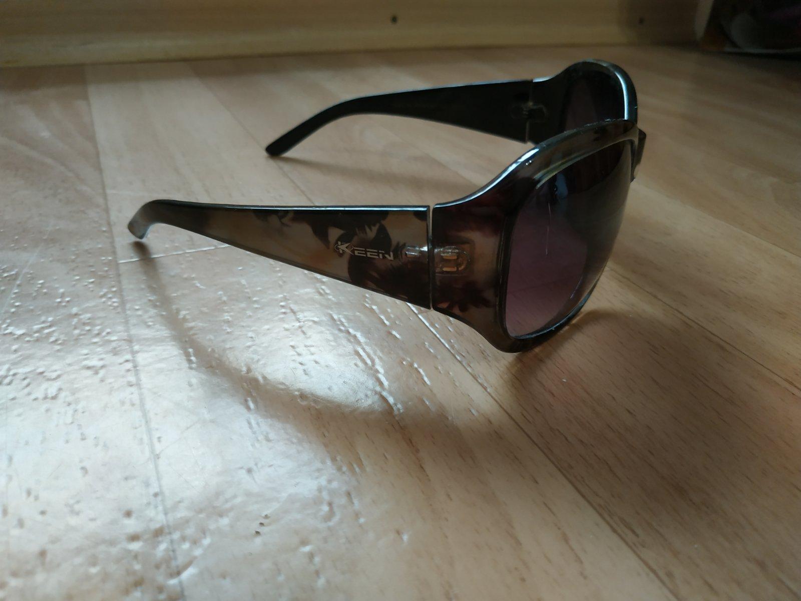 5a6b31f4a Slnečné okuliare - keen, - 3 € od predávajúcej natalia016 | Detský ...