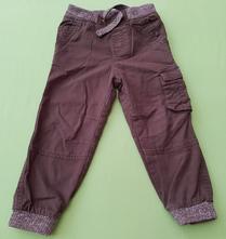 Nohavice olivovej farby, lupilu,98
