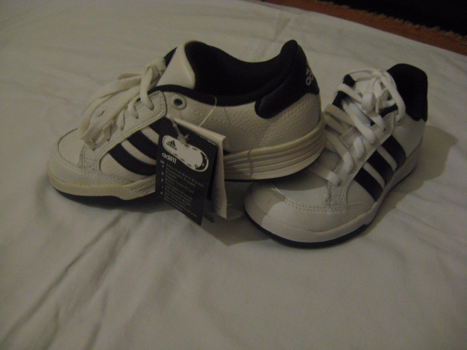 00bbedc38a391 Predám botasky adidas, adidas,29 - 18 € od predávajúcej kubkosamko | Detský  bazár | ModryKonik.sk