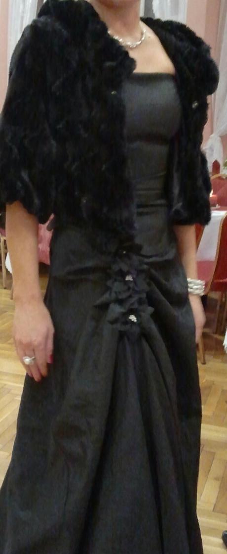 Predám plesové korzetové šaty. f5d669940d9