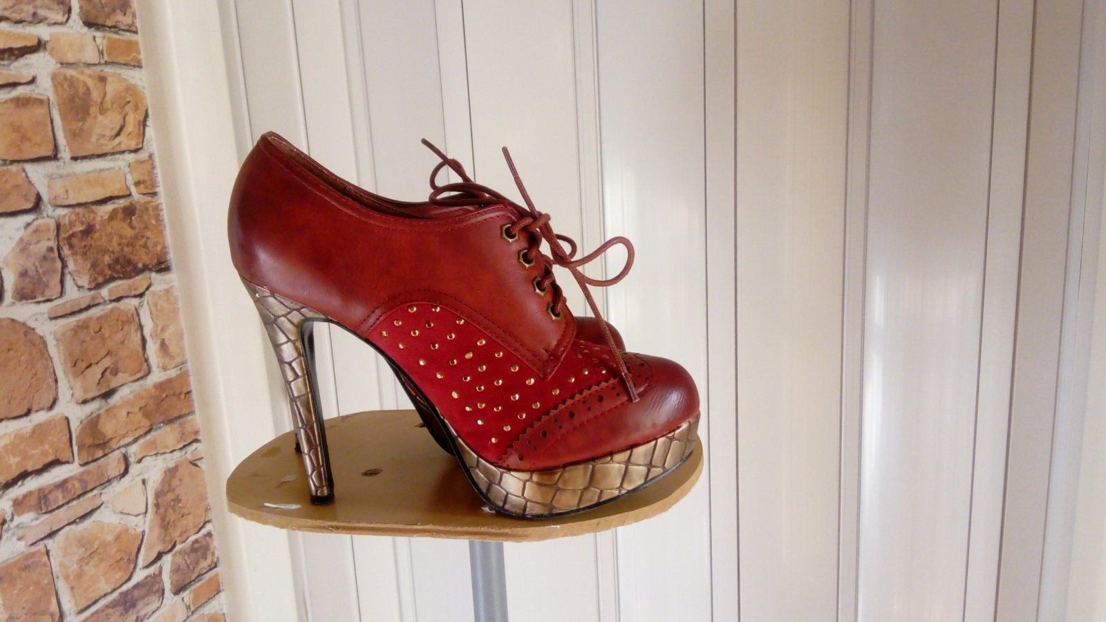 d8cfb8e74 Vysoké topánky na platforme, 39 - 3 € od predávajúcej anett9 | Detský bazár  | ModryKonik.sk
