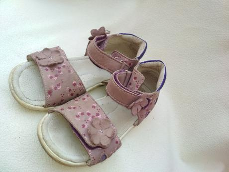 675d4c0d74e9 Dievčenské sandálky