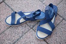Tmavomodré sandále, deichmann,39