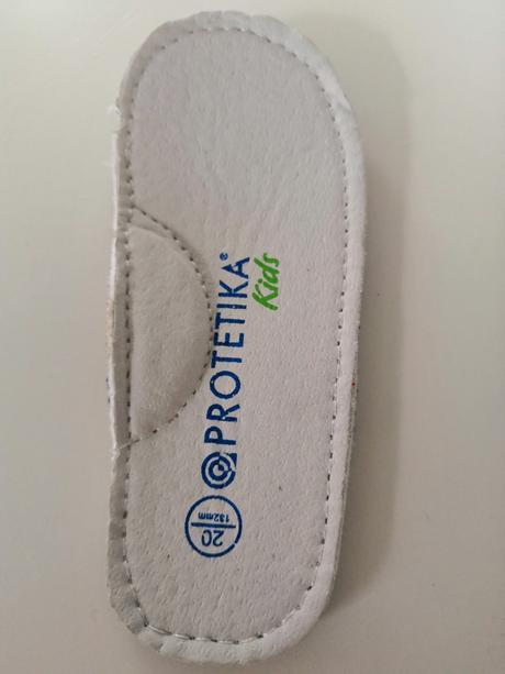 f132ce9fe5972 Perfektné moderné topánky, protetika,20 - 16 € od predávajúcej ...
