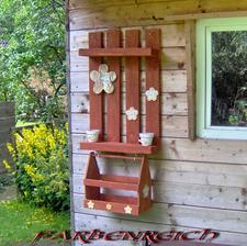 http://www.1001pallets.com/2013/09/shelves-from-pallets-regale-aus-paletten/