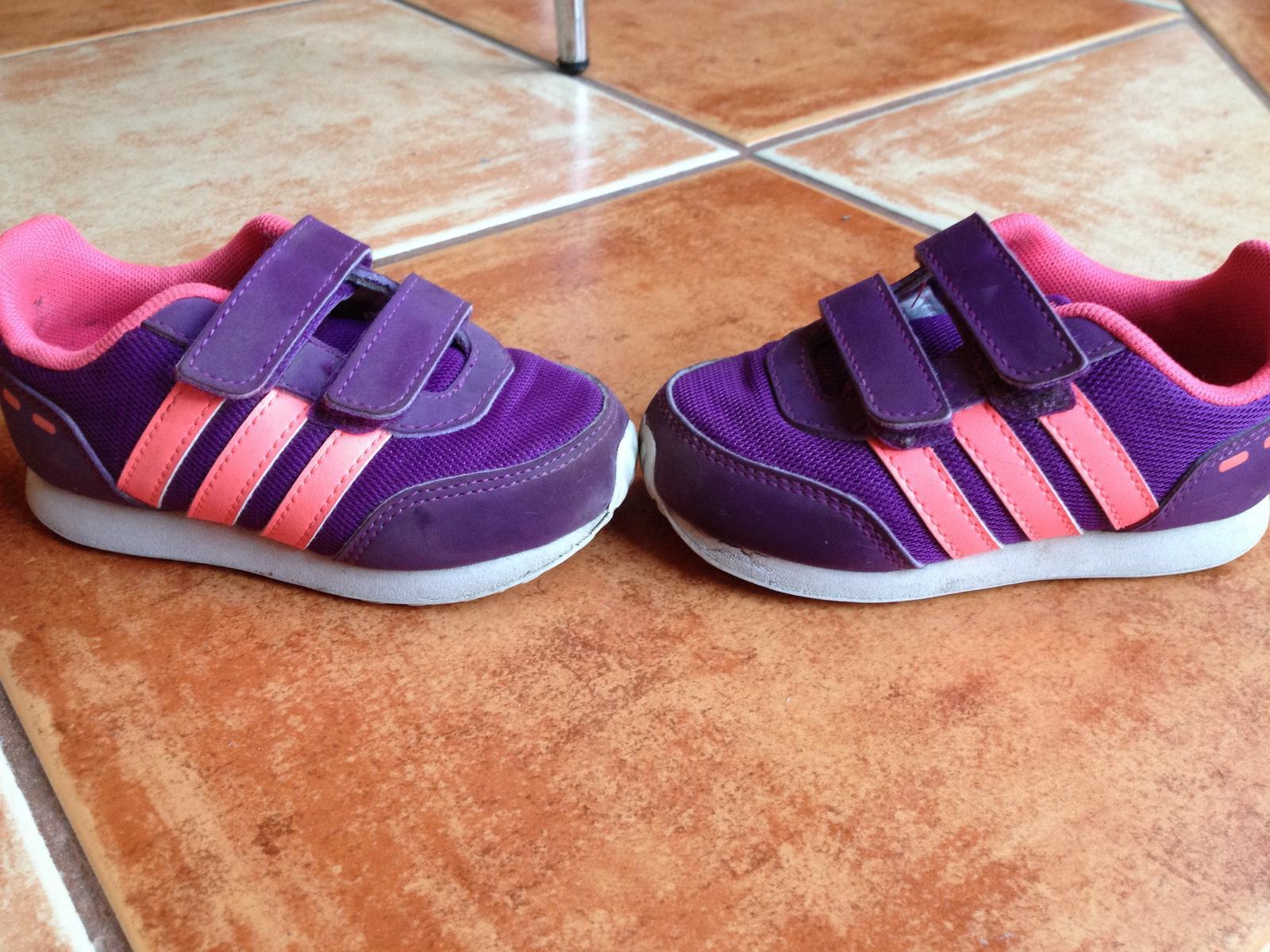 Dievčenské botasky adidas ec48b10d1cd