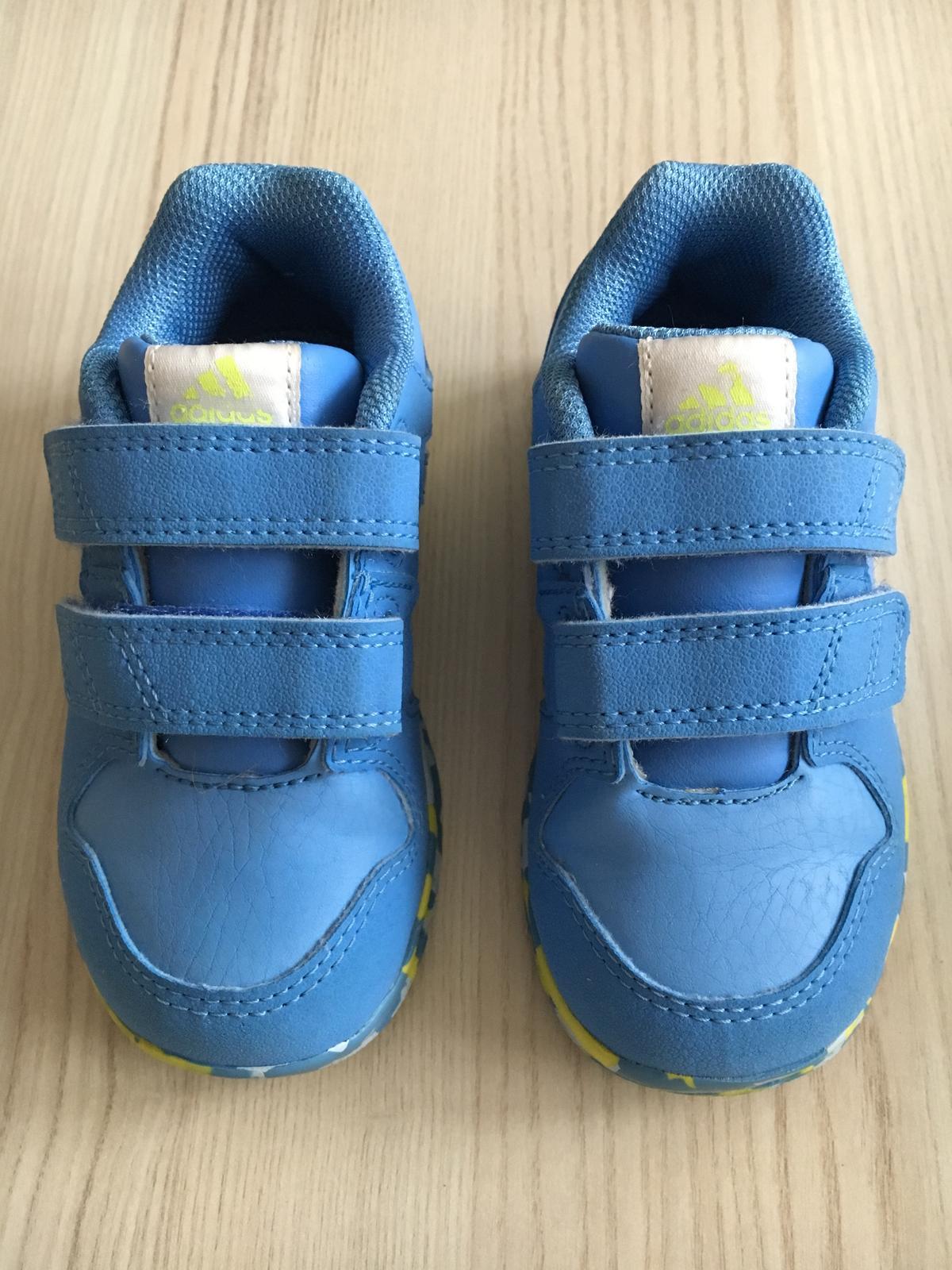 Botasky adidas modré 23fcbd91619