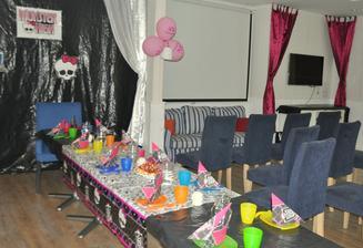 Monster High oslava pre trošku staršie slečny a chlapcov