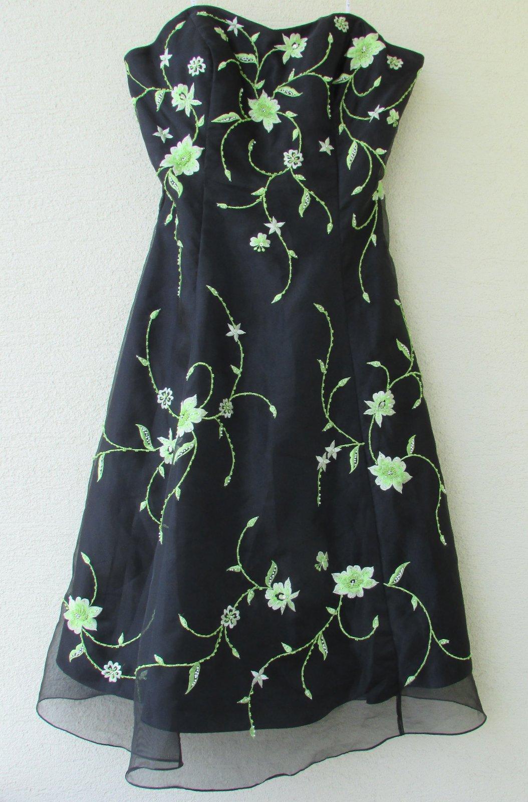 Čierne spoločenské šaty s výšivkou def67b164ef