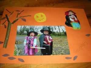 """k tejto vyzdobe fotiek z halloweena ma """"nakopol"""" Patrickov palickovy stromcek"""