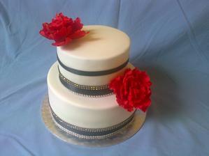 inspiracia z netu- narodeninova pre tetu, kvety z cukrovej hmoty, ostatne ozdoby nejedlé