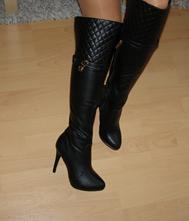 e5d3ef2e65 Luxusné čierne čižmy nad kolená č.39