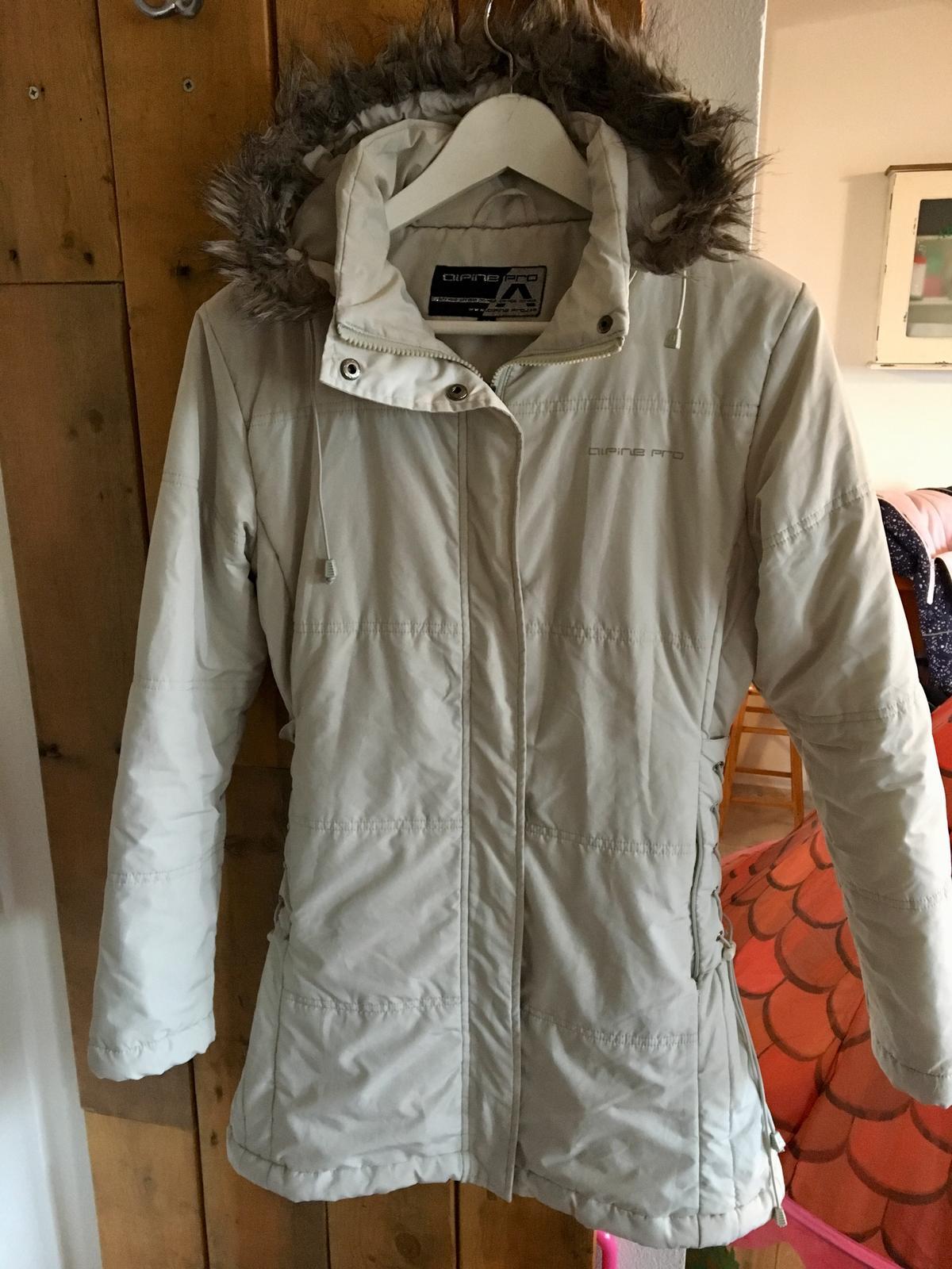 2b2553bbe282d Dámska zimná bunda alpinepro, alpine pro,m - 15 € od predávajúcej pebles55  | Detský bazár | ModryKonik.sk