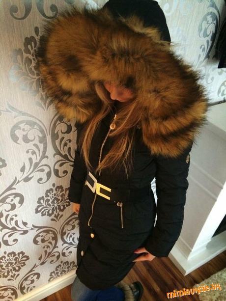 Cierna dlha zimna bunda s velkou kozusinou b7a596fd08d