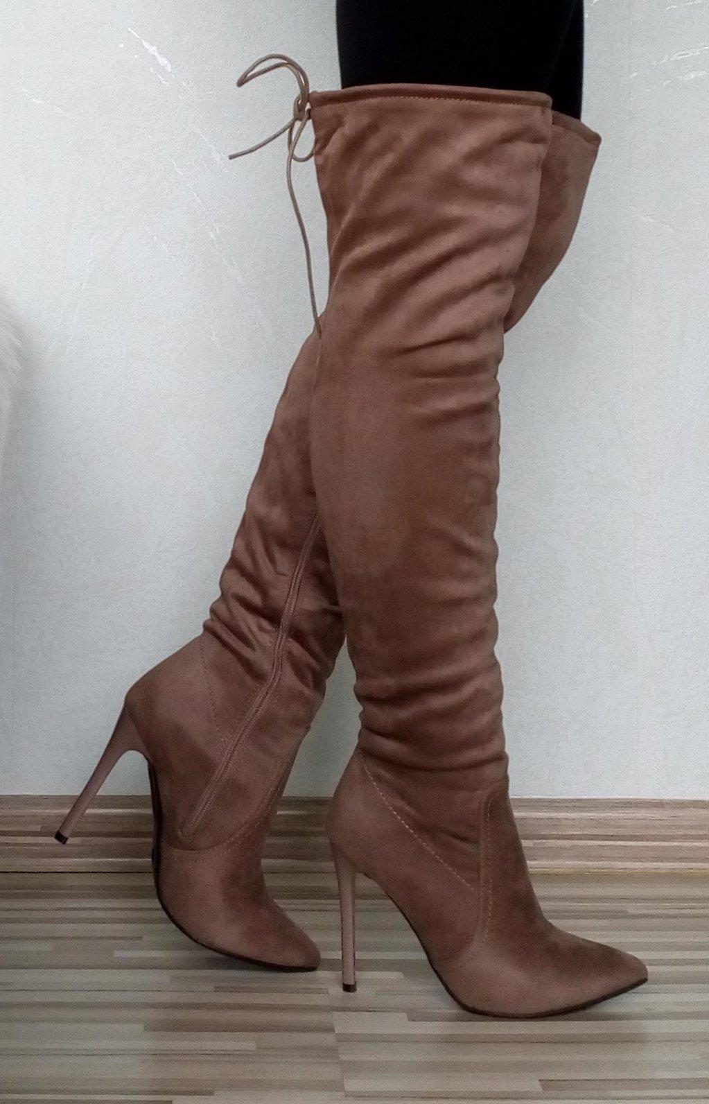 Zobraz celé podmienky. Dámske hnedé čižmy nad koleno na vysokom opätku ... 28fde38534c
