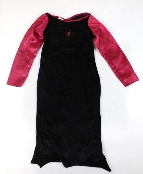 13ea4554cf95 Karnevalové gotické šaty veľ. 5-6 rokov