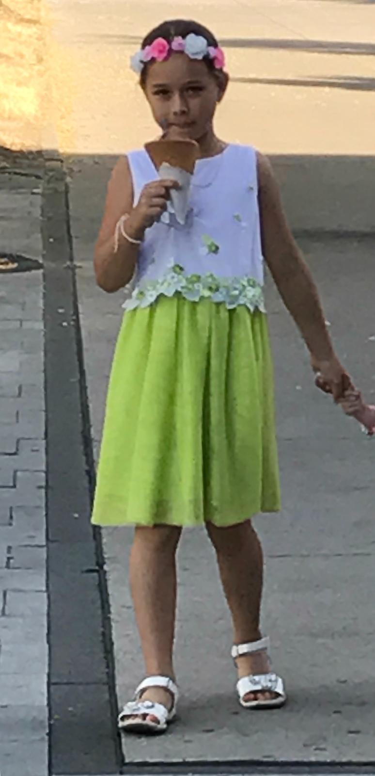46edaef22332 Luxusne 3x oblečené šaty mayoral