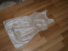 Strieborné šaty, s