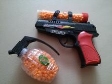 pištole výstrek veľký tuk Latina mačička
