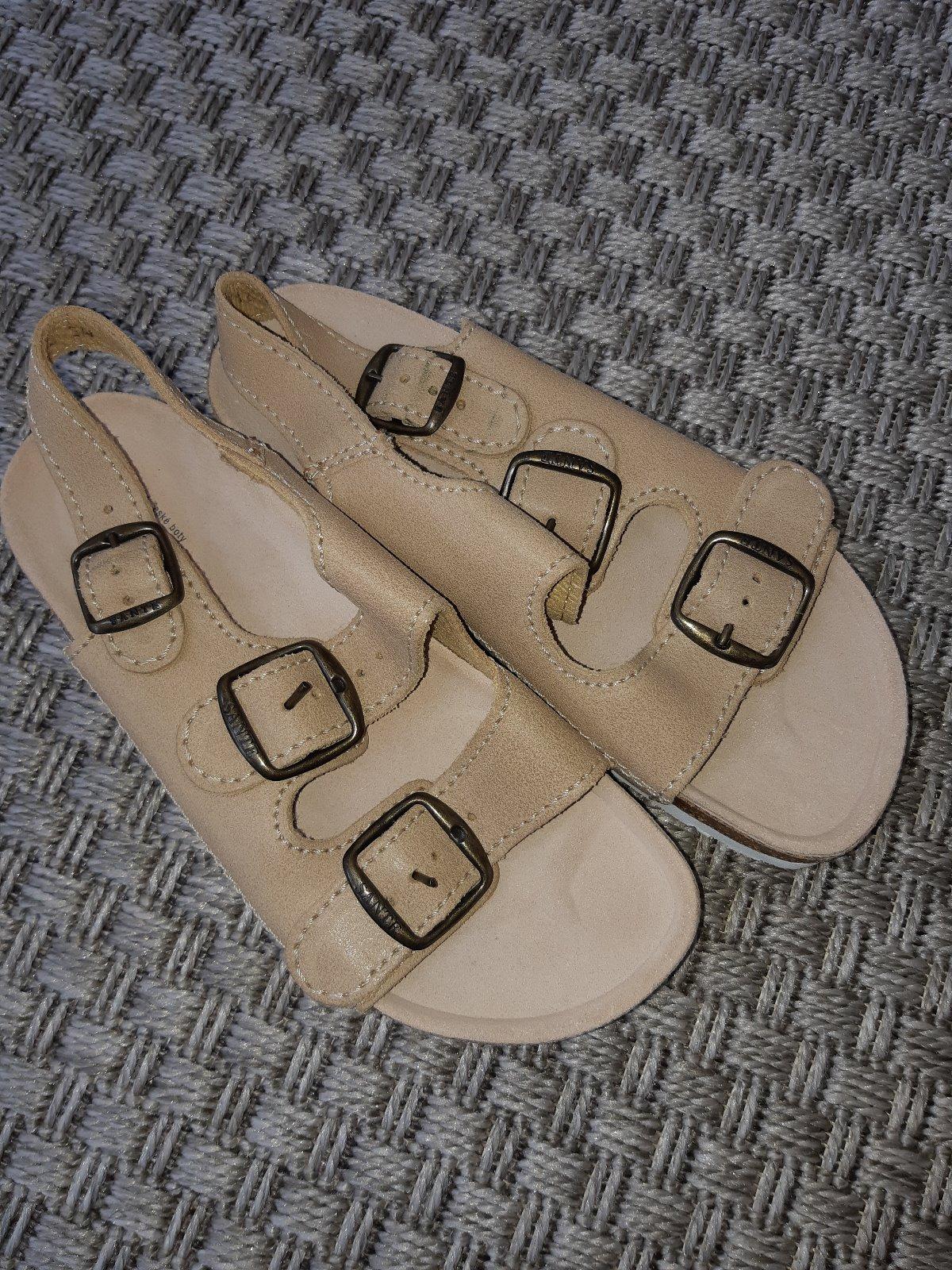 9ac22d8c8de9 Zobraz celé podmienky. Zdravotné ortopedické prezúvky papuče sandále