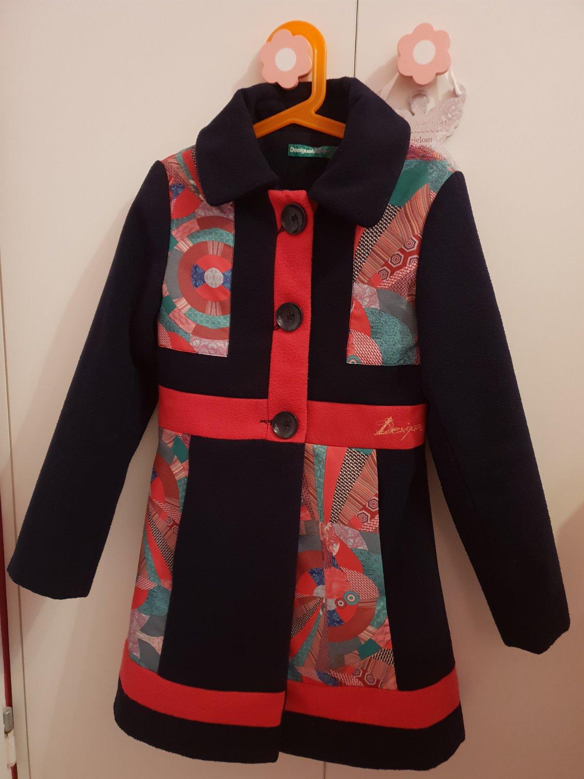 Nádherný podšitý kabát desigual 128 134 7bdae7ec832