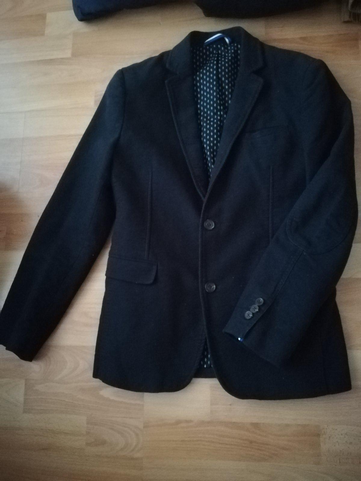 339c8e70c8 Panske sportovo-elegantne sako zn. celio