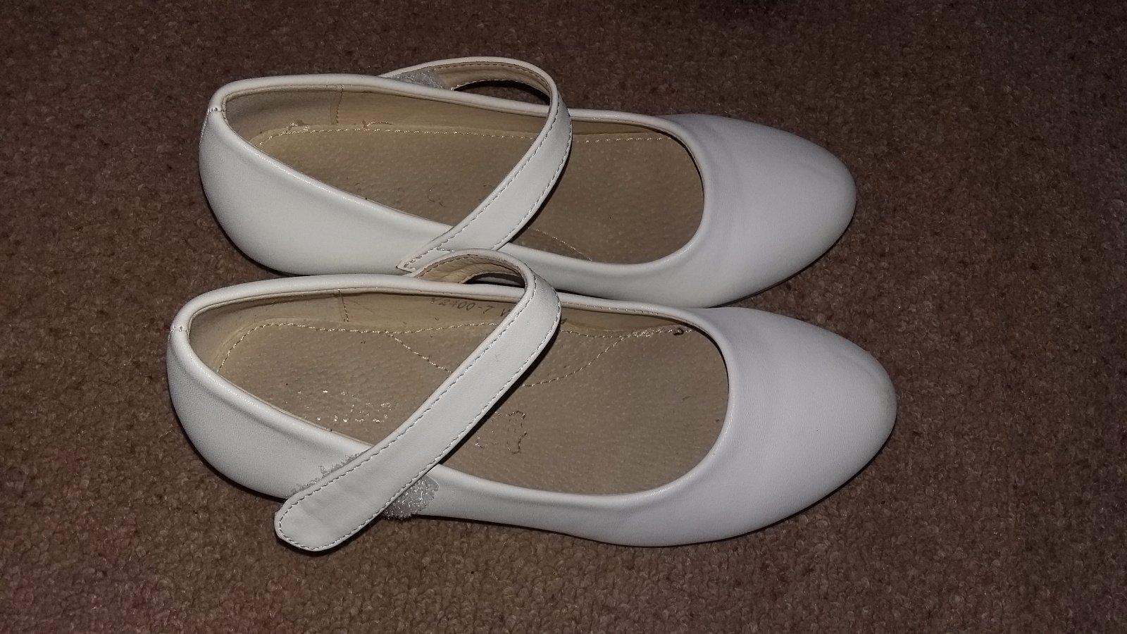 e97f52feb1 Biele topánky na svadbu