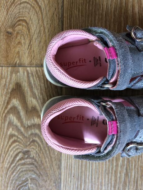 Sandálky superfit - kožené - super stav d84a778825