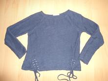 Tmavomodry sveter, camaieu,s