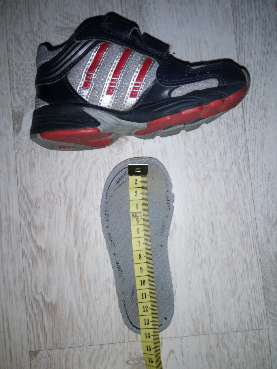 Botasky adidas č. 22 0e5a53f2ae1
