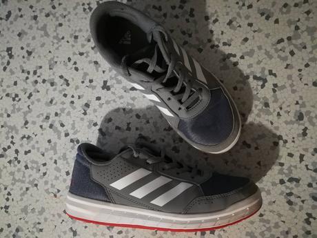 8ddd14b46c Sivé chlapčenské tenisky adidas