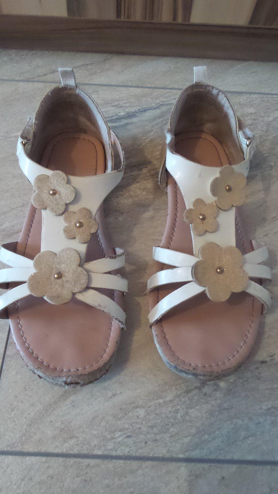 e6a7a3e3a7ed6 Biele sandálky, h&m,33 - 1 € od predávajúcej nikush29 | Detský bazár ...