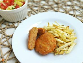 1r.+ Rybí karbanátky s celerovými hranolkami a salátem