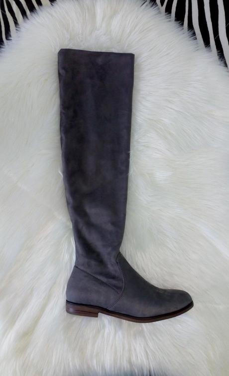 f729514044e2 Dámske sivé čižmy nad koleno na nízkom opätku
