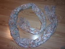 Kvetinový šál, m