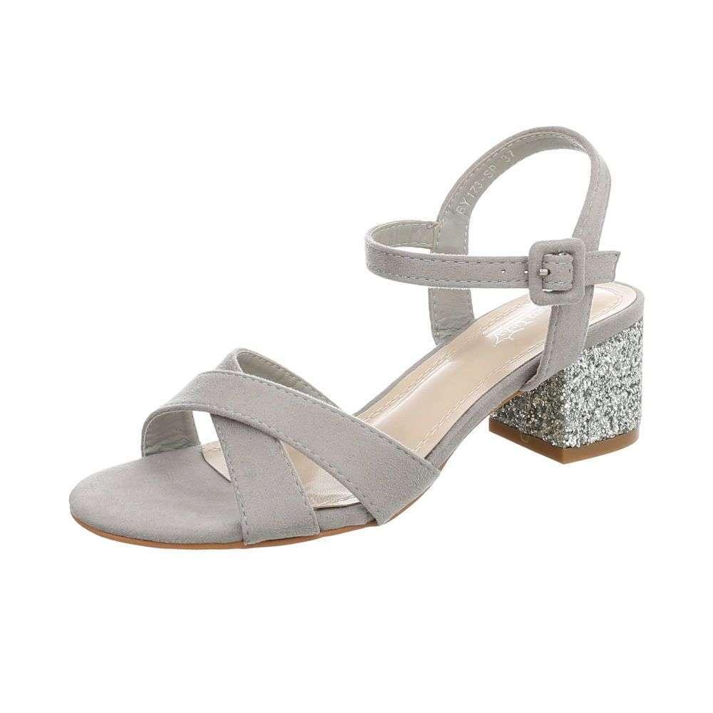 2cb7115c9ba8 Elegantné sandále sellena