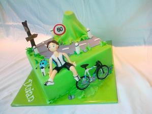 torta narodeninova s bicyklom na zelanie