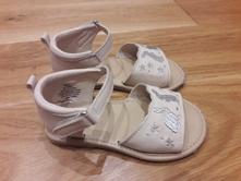 Krásne sandálky, h&m,22