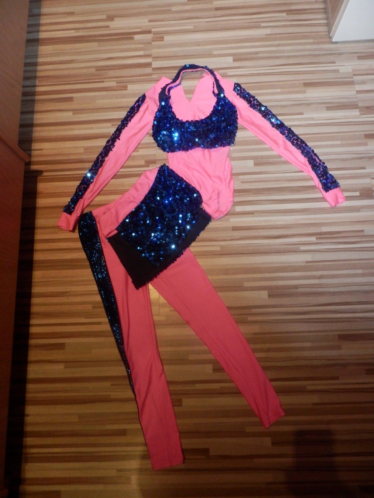 Sutazny kostym na disco tanec 128-140 f4262d241c0
