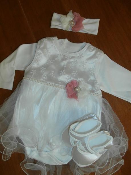 Dievčenské šaty na krst s body smotanová 22 cca 62 b289682e6da