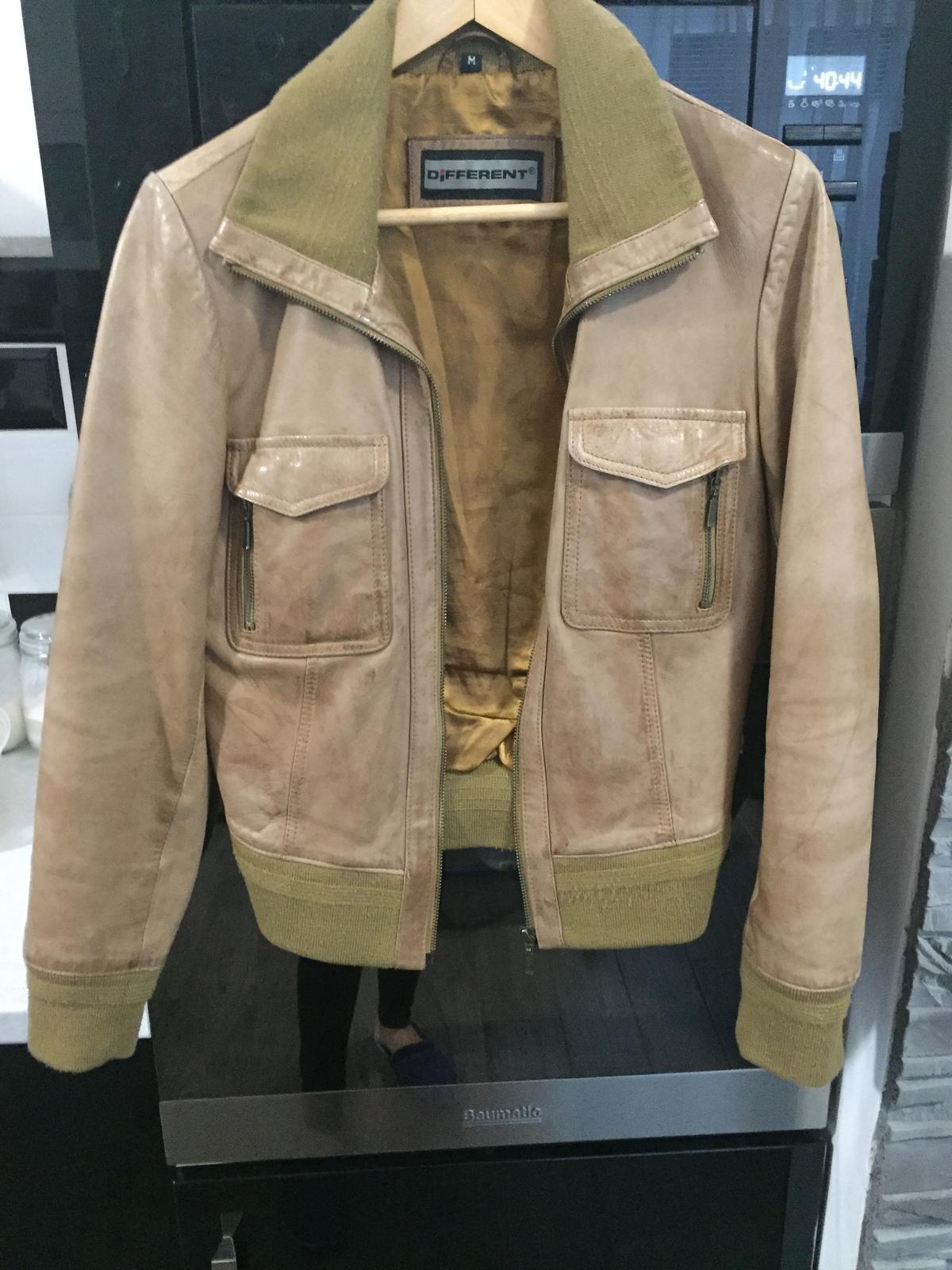 0b01a1346 Predám koženú bundu, s - 40 € od predávajúcej viktoria286 | Detský bazár |  ModryKonik.sk