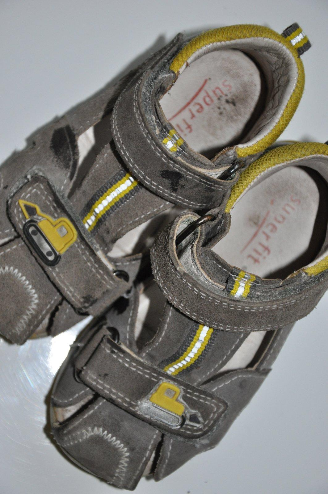 925b96e1abd Sandále superfit 22