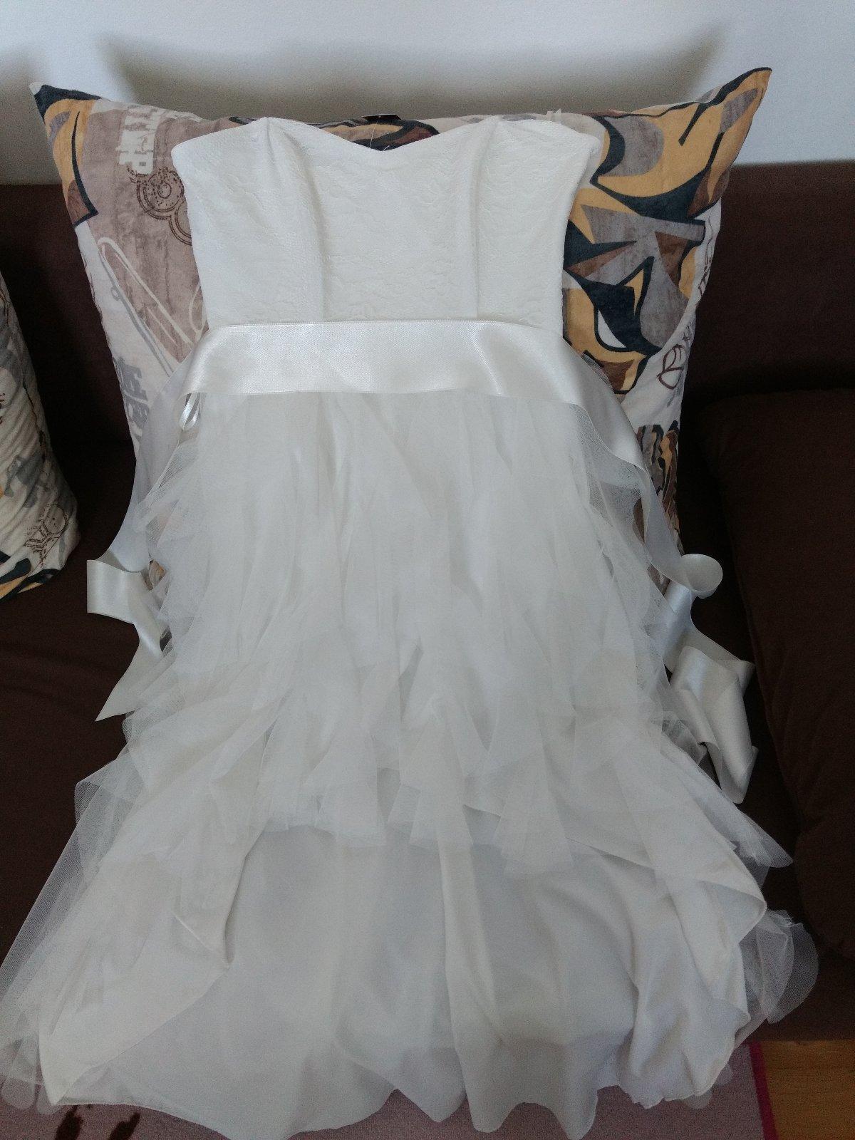 79deddc7ff68 Biele spoločenské šaty