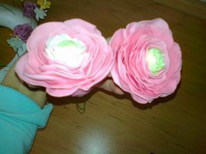 ranunculus- kvety priprava na tortu