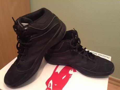 Basketbalové tenisky adidas 17d17515ad1