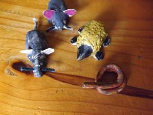 nasa zbierka vlastnych zvieratiek vyrobenych s Patrickom z DAS hmoty