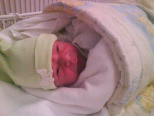 ...pár minutiek po narodení...