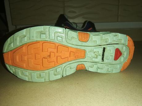 Predám dievčenské topánky salomon veľkosť 33.5 a3634dff699