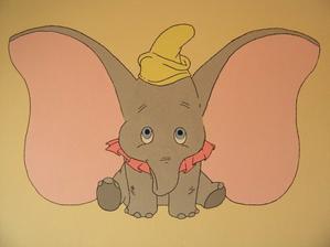 a takto vyzera slonik Dumbo uz vymalovany :)))